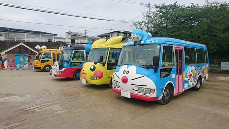幼稚園バス01