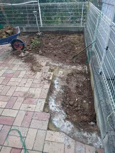 お庭の雑用工事 花壇撤去作業-06