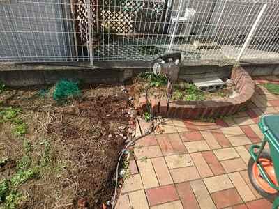 お庭の雑用工事 花壇撤去作業-07