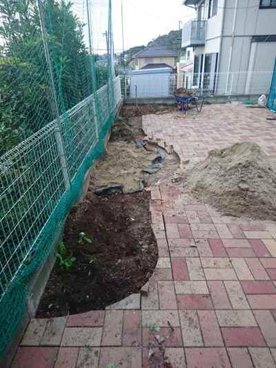 お庭の雑用工事 花壇撤去作業-08