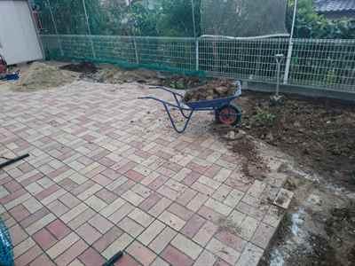 お庭の雑用工事 花壇撤去作業-09