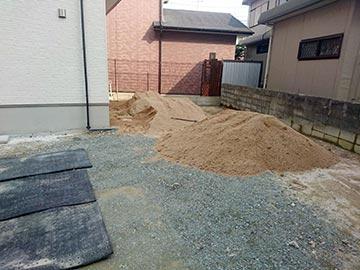 新築一戸建て真砂土入れ