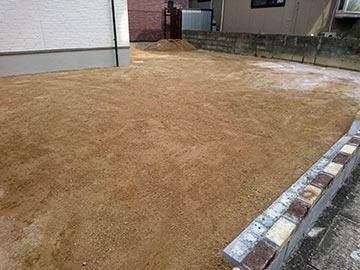 新築一戸建て真砂土入れ-2