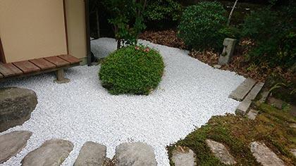 石灰石の庭-4