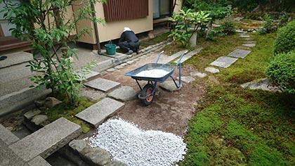 石灰石の庭-5